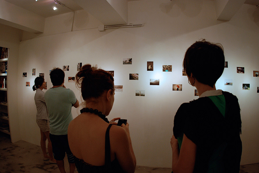 "Expositie ""Small Victories"" in Hong Kong"